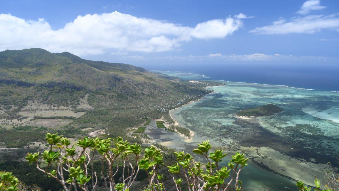 Die schönste Aussicht über Mauritius – hinauf zum Le Morne Brabant